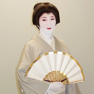hanayagi-mikachiyo
